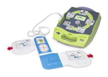Zoll AED Plus defibrillátor